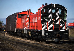 Working the Yard (ac1756) Tags: cp cprail canadianpacific emd sw1200 1270 saultstemarie ontario canada