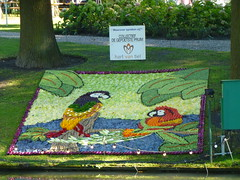 What Are They Talking About? (Stefan Peerboom) Tags: mosaic mosaics 2012 mozak fruitcorso mazaken