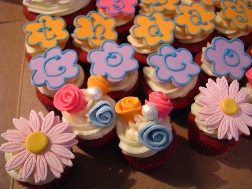 Coco's birthday cupcakes