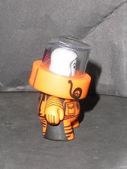 fatcaps S3 (Jon-Paul Kaiser) orange 02 (mikaplexus) Tags: favorite art toy toys graffiti paint artist designer awesome caps arts vinyl collection kidrobot cap wicked collections artists spraypaint kaiser collectible graff limited s3 rare collect collectibles collecting collector arttoy arttoys designertoy fatcap vinyltoy jpk vinyltoys series3 designervinyl jonpaul ireallylike designervinyltoy jonpaulkaiser