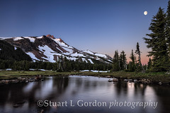 Daybreak in Jefferson Park (chasingthelight10) Tags: moon mountains nature oregon centraloregon photography landscapes events places mtjefferson jeffersonpark sunrises cascaderange mountjeffersonwildernessarea