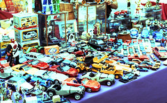 Toys (Wastinglife [Stranger in a strange land]) Tags: art me toys photo lomo xpro lomography foto pentax andrea super v chrome epson v600 mercato perfection av giochi fotografo volpe giocattoli mercatino lomografia macchinine justpentax pentaxiani wastinglife