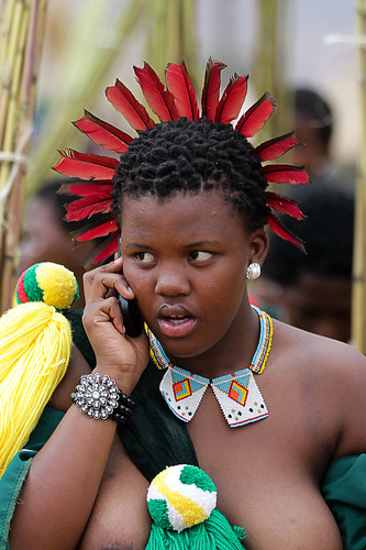 Umhlanga (Reed Dance) Festival, Swaziland by peace-on-earth.org