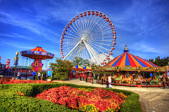 The Ferris Wheel at Navy Pier (vitorillo) Tags: flowers people chicago water clouds river children fun illinois lakes parks bluesky lakemichigan ferriswheel navypier theloop merrygoround hdr travelers attractions windycity photomatix hdrphoto