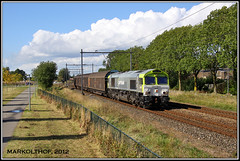Zevenaar, 29-09-2012 (Mark Rail) Tags: ct cargo zevenaar class66 47715 captrain papiertrein