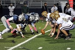 DSC_8357 (K.M. Klemencic) Tags: ohio football highschool varsity hudson explorers bulldogs stow