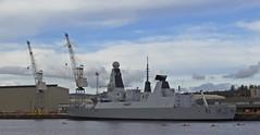 Saboteurs (Bricheno) Tags: river scotland riverclyde clyde boat mod ship escocia 45 cranes destroyer canoes bae szkocja warship schottland scozia cosse scotstoun type45  esccia d37  hmsduncan  bricheno scoia
