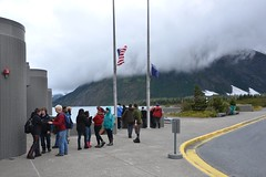 091412-207F (kzzzkc) Tags: cloud mountain alaska kids nikon flag anchorage portagelake visitorcenter usfs d7000