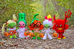 The Boopsie Boo Crew! (boopsie.daisy) Tags: girls cute eye halloween pumpkin bride big colorful doll dolls sweet zombie ooak or spooky devil trick mummy treating boopsiedaisy 2012halloweendollies