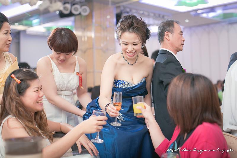炳霖 依萍 結婚-0221.jpg