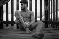 © Photo by Luca Scola - All rights reserved (<NERVO> Luca) Tags: homme guy bou man feet foot bulge bulto naked summer river model muscle beard legs