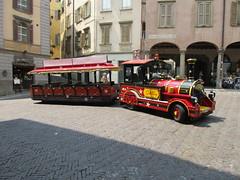 Tourist road train (eltpics) Tags: eltpics bergamo italy roadtrain tourism