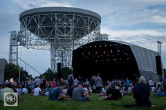 Bluedot, Jodrell Bank Discovery Centre (tw332) Tags: bluedot bluedotfestival concert festival jodrellbank jodrellbankdiscoverycentre lights lovelltelescope radiotelescope stagelights telescope theinfinitemonkeycage