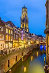 Utrecht @ Night (Peet de Rouw) Tags: utrecht night nacht netherlands canal gracht canon5dmarkiii peetderouw denachtdienst dom domtoren twilight