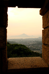 Sunset (nikosbreizh) Tags: window sunset fog brumeux evening mountain volcano city foggy night sea mer nuit