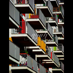254/366: legoland (nyah74) Tags: shadow red orange sun black green texture yellow architecture modern turkey grey design box contemporary balcony trkiye gray istanbul trkei balconies boxes modernarchitecture architexture strongcontrast tepe masshousing communeliving narcity