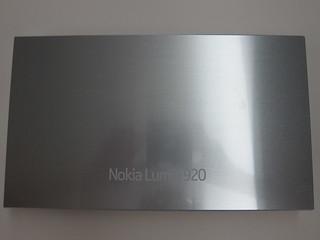 Materials Used To Make The Nokia Lumia 920