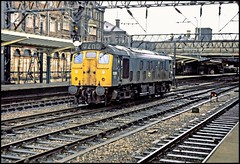 5220 Crewe 2Feb74 (david.hayes77) Tags: 1974 crewe sulzer type2 5220 25070 class25