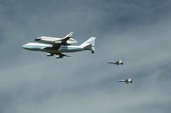 Space Shuttle Endeavour (Theron Trowbridge) Tags: california ca universalcity f18 universalstudios spaceshuttle endeavour