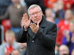 Sir-Alex-Ferguson-Applauds
