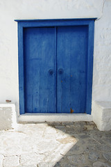 . (Dunav je more!) Tags: doors greece greekislands hydra obliquemind obliquamente