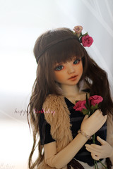 Happy Birthday  (. Paillette .) Tags: birthday flowers love rose fleurs canon happy 50mm friend friendship bjd abjd anniversaire joyeux lilja unoa lusis unoalusis liljarose