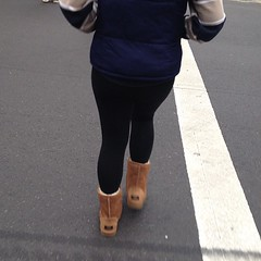 Black leggings = Good Granny Panty lines = Bad UGGs = death  #waronuggs #uggsmustdie