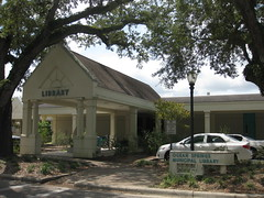 """Ocean Springs Public Library, Mississippi • <a style=""""font-size:0.8em;"""" href=""""http://www.flickr.com/photos/82112822@N00/8072264537/"""" target=""""_blank"""">View on Flickr</a>"""