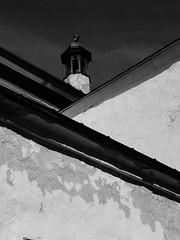 Roofs (acid_nam) Tags: biancoenero toits tetti roofs tallinn