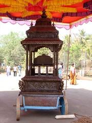 Temple car: Sri Mookambika temple, Kollur (4) (v s raam (on/off)) Tags: mookambika kollur udupi mangalore karnataka sakthi shakthi sakti shakti sankara sankaracharya shankaraycharya adi shankara sankaraycharya shankaracharya energy primodial ratha chariot rathotsava car templecar