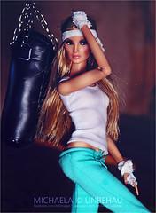 Fighter (Michaela Unbehau Photography) Tags: be daring imogen 2016 wclub upgrade doll a hrefhttpswwwinstagramcommichaelaunbehau relnofollowwwwinstagramcommichaelaunbehaua hrefhttpswwwfacebookcomdollimages relnofollowwwwfacebookcomdollimagesa fashion royalty integrity toys nuface fr michaela unbehau fashiondoll dolls photography mannequin model mode puppe fotografie