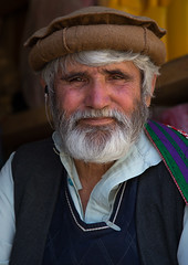 Portrait of an afghan man with a white beard, Badakhshan province, Ishkashim, Afghanistan (Eric Lafforgue) Tags: 5055years adult adultsonly afghan afghan050 afghani afghanistan badakhshanprovince beard border centralasia colourimage community eshkashem hat ishkashem ishkashim ismaili lifestyles lookingatcamera men onemanonly oneperson oneseniormanonly onlymen pakol photography portrait senioradult vertical waistup wakhan wakhi pamir afeganisto