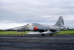 ALAN_POTTS_19870530_0002 (Spuggs) Tags: ayr ayrshire uk gbr glasgowprestwickairport prestwickairport hmsgannet pik egpk prestwickairshow airshow k3025 northropnf5a2000 royalnetherlandsairforce rnethaf 313squadron 313sqn aircraft military jet nato hasselbladx5