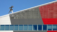 Casa Milan (Dado 51) Tags: italiy milano milan red
