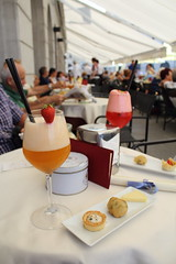 ;) (pesce_d_aprile) Tags: trieste friuliveneziagiulia veneziagiulia italia italy caffdeglispecchi caff bar centrocitt aperitivo happyhour piazzaunitditalia