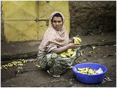 Woman Selling Bananas (Luc V. de Zeeuw) Tags: banana ethiopia selling women gondar amhara