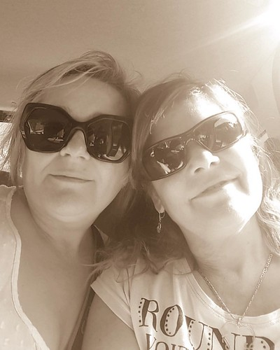 Sisters❤️#sisters #sistersarethebest #sister #sisterhood #family  #travel #familyphoto #igersisters #igers #instagram #instagood #allshots_ #fun