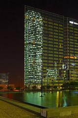 25092010-45482-162.jpg (Michel Delfeld) Tags: france ladfense immeubles paris nuit architecture glowerbasefile exposable courbevoie