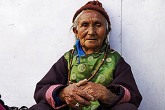A life spent in Ladakh (Bernard l Hermite) Tags: portrait india hat colours ring oldwoman jewlery leh wrinkles ladakh whitehairs wrinlke