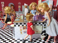 (21 of 25) A Night at the Red Fox Diner (Foxy Belle) Tags: boy ted ice scale fountain misty vintage pepper restaurant miniature doll play counter cream barbie tammy diner retro 1950s penny 16 1960s ideal stool rement miss suzette diorama dollhouse brite uneeda tressy