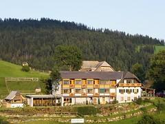 Aussenansicht (Landhotel Spreitzhofer) Tags: st tiere österreich urlaub natur alm ferien steiermark pension wellness gasthof kathrein landhotel reiturlaub almenland spreitzhofer kinderurlaub