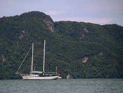 (Deepti Vora Machavolu) Tags: tourism canon boat marine vessel malaysia langkawi canondslr eos1000d
