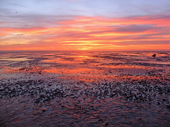 Snettisham Sunset (Gerry Balding) Tags: sunset beach seaside norfolk lowtide reflexions seashore eastanglia afterglow thewash snettishambeach westnorfolk thebestofday gnneniyisi