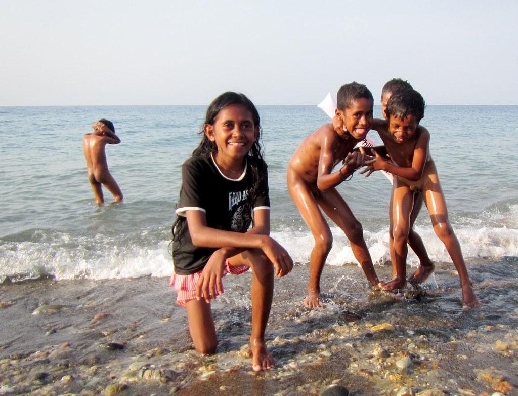 Нудисты вместе с детьми фото