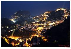 Taormina dall'alto (Valerio Vasapollo Photography) Tags: panorama mare isolabella taormina turismo notte sicilia vistaaerea