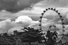 Singapore Flyer_Sing14 (Fadel Faruq) Tags: singapore flyer scenery sky skyline scenes clouds cloudysky cloudyday monochrome blackandwhite bw technology tourism touristspot