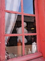 Rock Steady Cook... (Gilles,Gilles,Lemonpeel) Tags: picardie gerberoy window sculpture restaurant rawtherapee gimp