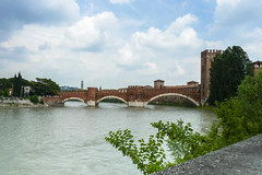 Verona ( dieffe) Tags: adige bridge fiume fiumi fleuve pont ponte ponti puente rio river rivire verona veneto italia it