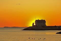 Tramonto nordico / Nordic Sunset (Marstrand, Vastra Gotaland, Sweden)(Explore!!!) (AndreaPucci) Tags: marstrand vstragtaland sweden lighthouse sunset andreapucci canoneos60 pearljam wishlist explore