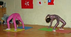 IMGP0625 (Henk de Regt) Tags: mongolië mongolia mohron mce buhug vrijwilligers volunteers children kinderen school sport games fun waterfight slangenmens contortionist summercamp